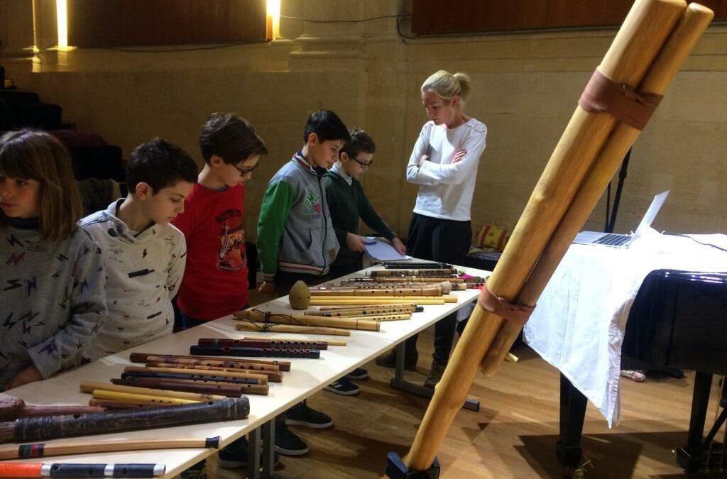 Exposition commentée et musicalisée de flûtes du monde